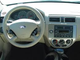 2001 Ford Focus Zx3 Interior 2005 Ford Focus Intellichoice Review Automobile Magazine