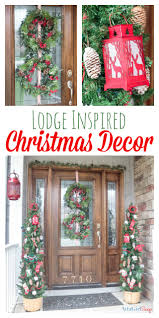 christmas door decorations to remind you of a cozy cabin in the woods