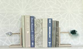 diy arrow bookends domestically speaking
