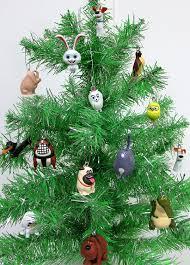 amazon com the secret life of pets 14 piece mini christmas tree