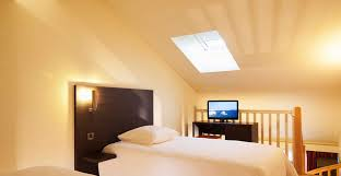 chambre a é escale oceania biarritz 3 hotel rooms with walk in shower