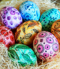 How To Decorate Boiled Eggs For Easter 27 Egg Decorating Ideas For A Hoppy Easter Allfreeholidaycrafts Com
