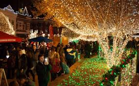fayetteville square christmas lights lighting up the ozarks the free weekly