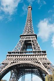 eifel tower climbing the eiffel tower in paris the wanderblogger