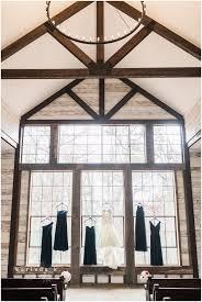 Wedding Chapels In Houston Montgomery Tx Wedding Photographer Big Sky Barn Crimson And