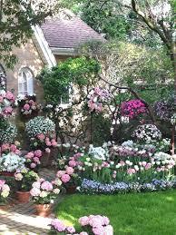 Cottage Garden Layout Cottage Garden Plans This Garden Appears Beautiful Gorgeous Pretty
