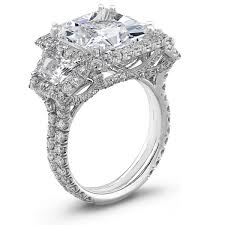 gorgeous engagement rings monday rocks the yes