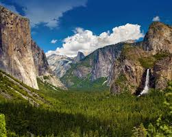 one of my favorite places in cali i love yosemite so much i
