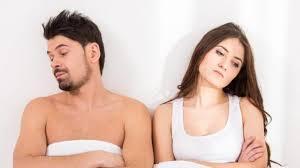 tak puas dengan permainan suami di ranjang istri pilih berhubungan