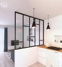 amenagement cuisine ferm cloison vitrée pour créer un espace fermé mais avec du charme