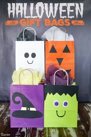 Halloween Baskets Gift Ideas Best 25 Halloween Bags Ideas On Pinterest Halloween Goodie Bags