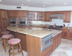 2 Level Kitchen Island 2 Level Island This Island Can Service All The Guests Whil U2026 Flickr