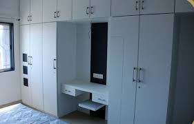 Full Wall Almirah Designs