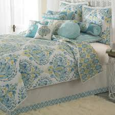 bedroom quilts and curtains bedroom quilts and curtains inspirations including details about