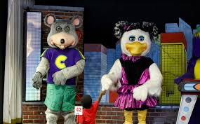 chuck e cheese s breaking up the animatronic band chicago tribune