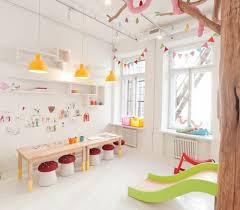 parquet chambre fille 80 astuces pour bien marier les couleurs dans une chambre d enfant