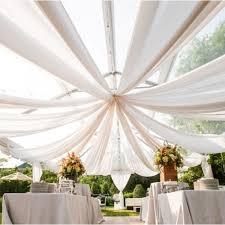 tenture plafond mariage tenture décoration mariage géante en tulle 50 mètres badaboum