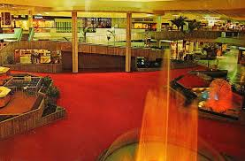 altamonte mall circa 1978 the fountains that clock in the middle