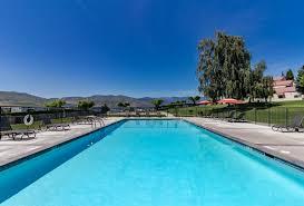 Lakefront Getaway 3 Bd Vacation Rental In Wa by Lake Chelan Shores A Lakeside Spectacular 17 10 2 Bd