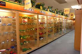 Iowa travel supermarket images Summer farm toy show coming soon travel dubuque jpg