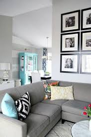 ideas for how to style a couch with toss cushions living room