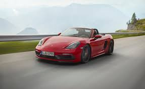 eye candy the 2018 porsche 718 gts adds more horsepower and alcantara