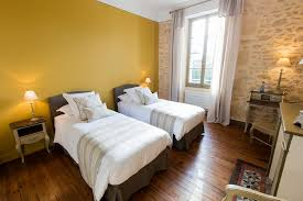 chambre or la sauternaise guest house bed and breakfasts for rent in