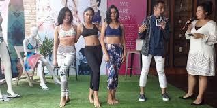 fashion terbaru koleksi fashion terbaru cocok untuk ke pantai dan olahraga