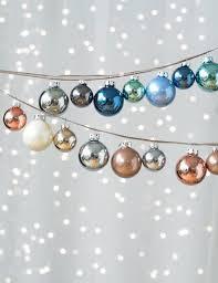 christmas trends 2017 christmas decorating ideas metallic hues elena arsenoglou