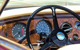 modified rolls royce rolls royce phantom v and vi feature smiths gauges
