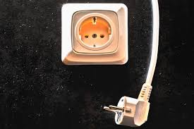electrical outlets in scandinavia