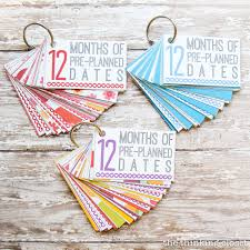 wedding gift by year 12 months of pre planned dates creative wedding gift idea the