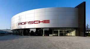porsche headquarters stuttgart порше центр львов начал свою работу за рулем