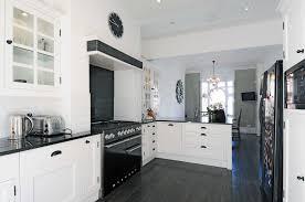 cuisine blanche et noir cuisine blanche et bois ikea gallery of cuisine et blanche
