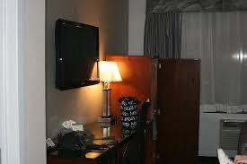 Mini Bar Bureau Foto De Litterie Confortable Propre Tv Mini Bar Bureau Picture Of