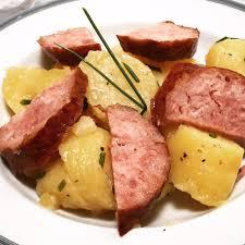 cuisiner saucisse de morteau salade tiède de pommes de terre à la saucisse de morteau