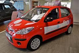 hyundai small car file hyundai i10 easy to see why its a top selling small car