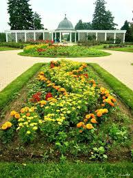 Niagara Botanical Garden Fall Niagara Falls Gardens Niagara Falls Botanical Gardens And
