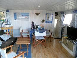 chambres d hotes saintes chambres d hôtes sur une péniche en camargue suite et chambre les