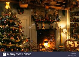 1990s colonial inspired christmas tree and fireplace stock photo