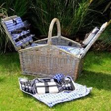 picnic basket set for 4 gardner dorset style picnic basket with