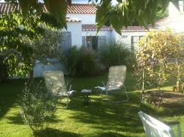 chambre d hote à noirmoutier brin de palmier chambre d hôtes a noirmoutier le jardin