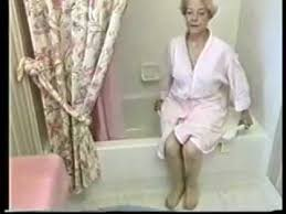 Bathtub Seats Elderly Versa Bath Seat Youtube