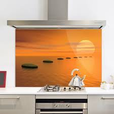 diamondback autumn woods glass splashback hob arafen