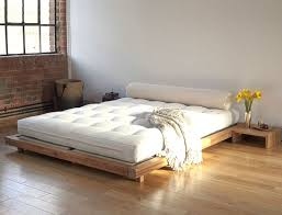 Simple King Platform Bed Plans by Best 25 Low Platform Bed Ideas On Pinterest Low Bed Frame Low
