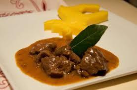chevreuil cuisine recette de l épaule de chevreuil en civet pratique fr