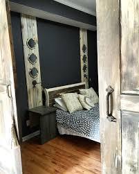 Rustic Themed Bedroom - barn doors for a nice rustic decor unicornspitstain hometalk