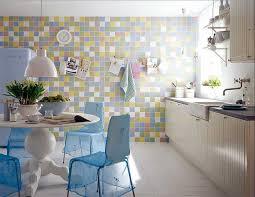 fliesen tapete küche wandfliesen küche mit bunte fliesentapete dekor