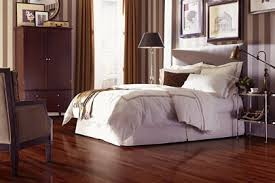 Laminate Bedroom Flooring Flooring Installation The Floor Store By Steamout