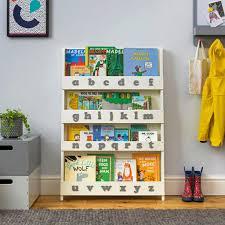 libreria per cameretta mensole e librerie di design per la cameretta dei bimbi monellini